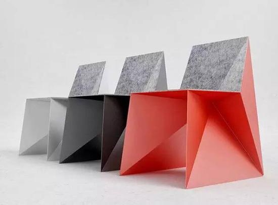 几何Q5椅子简约时尚的线条深受年轻一代喜爱